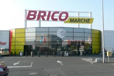 BRICOMARCHE Le Cendre