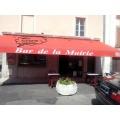Café de la Mairie/ restaurant 04 73 88 64 42